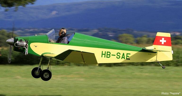 Bébé Jodel au décollage de Prangins